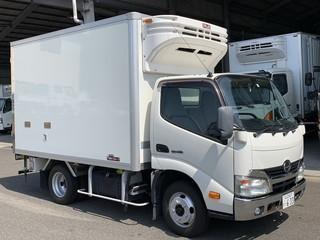 【日野】2t 冷凍車 標準幅 3.0m